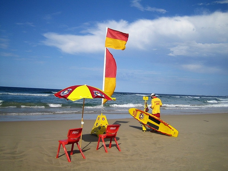Daytrips Brisbane_Gold Coast Surf Life Savers