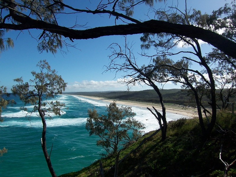 Daytrips Brisbane_Main Beach2 North Stradbroke Island