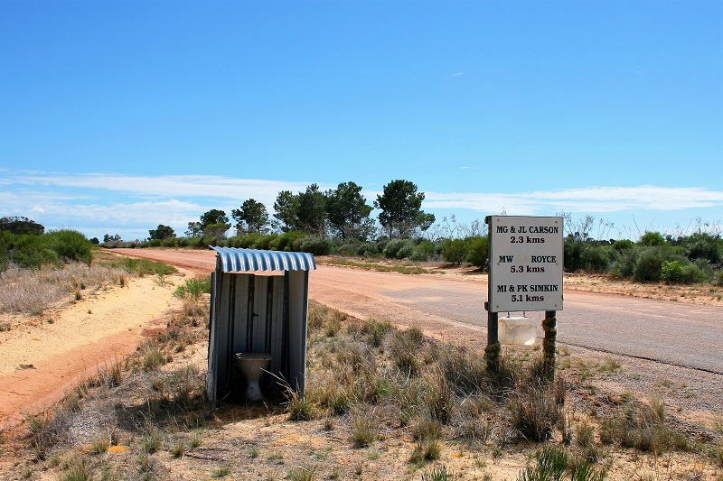 Westaustralien Roadtrip Perth Exmouth Klo Outback