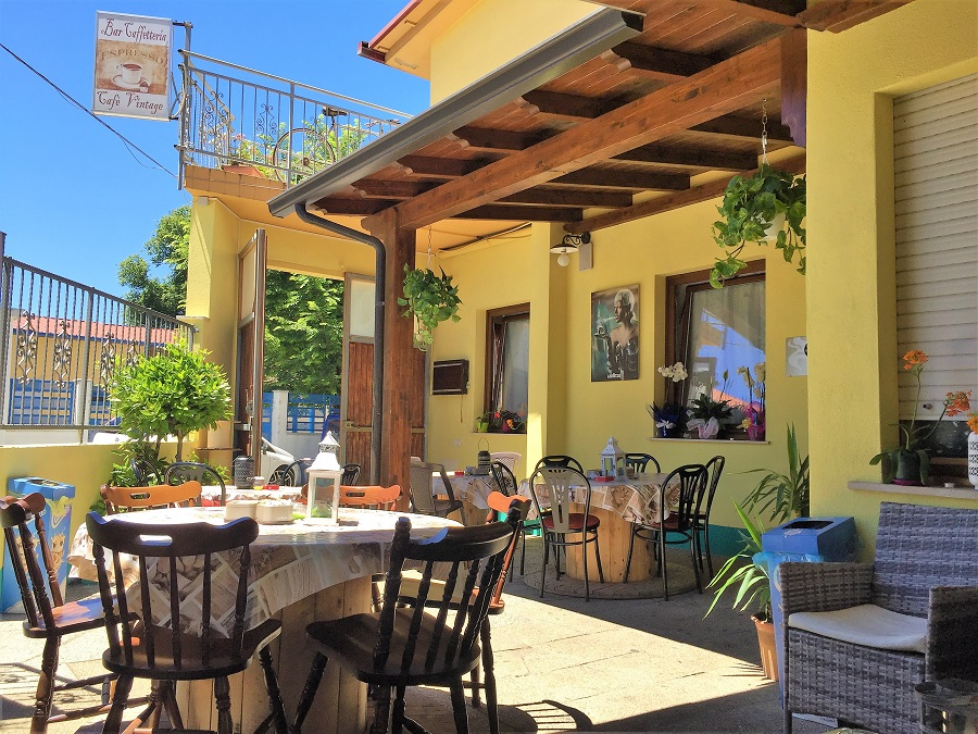 Highlights Sardinien_Parco di Sette Fratelli und Burcei_Burcei Cafe Vintage